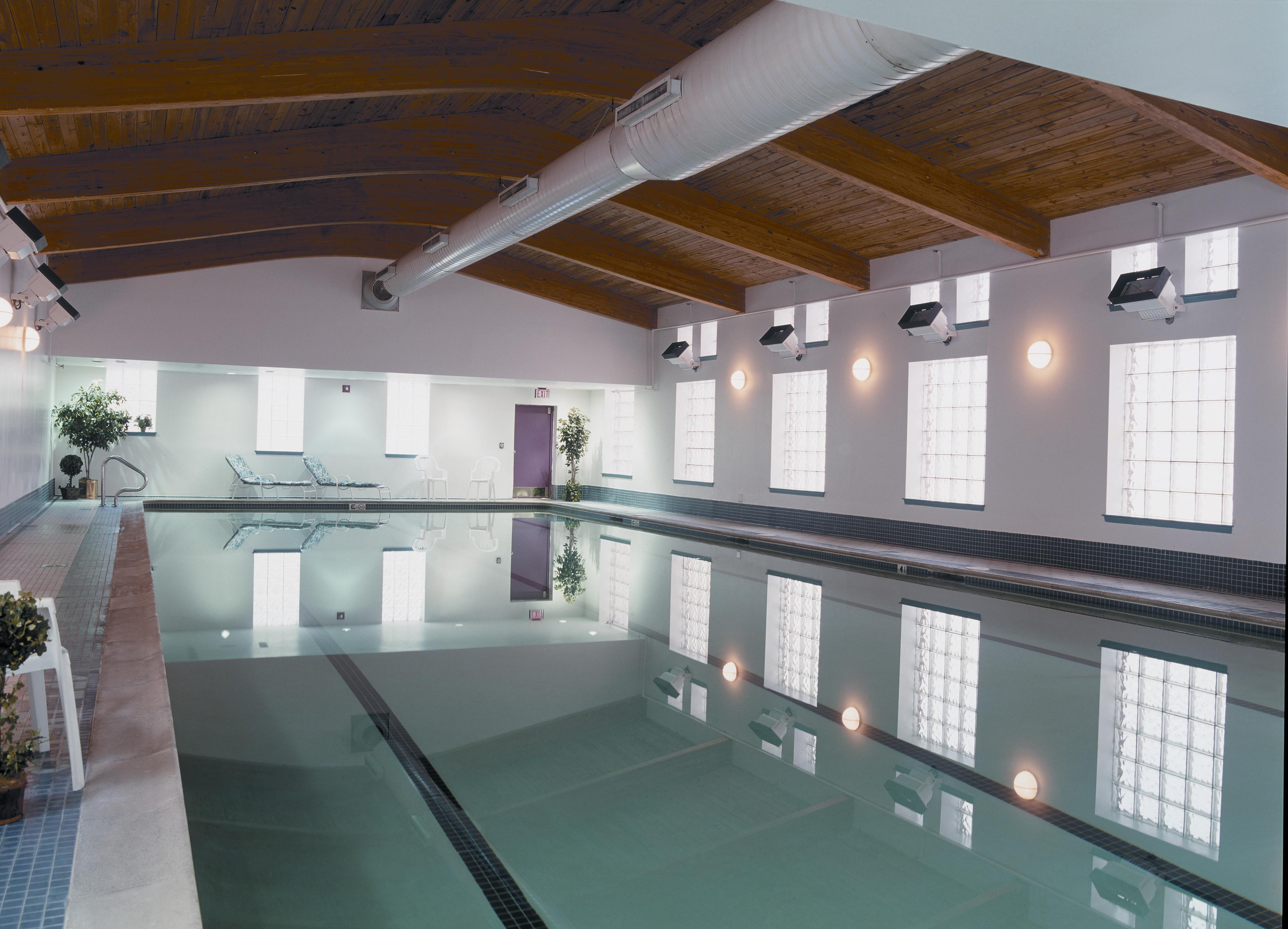 Pool: Stay in the swim with our 40-yard lap and leisure pool.