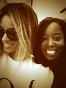 Did I tel you hunted down and found Ciara on my flight! This is my CHEESE for the camera look!