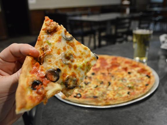 Evansville Pizza Restaurant