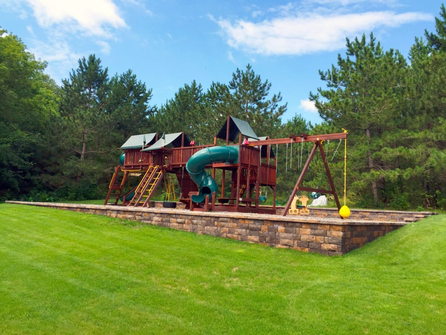 Lakes Area Landscaping