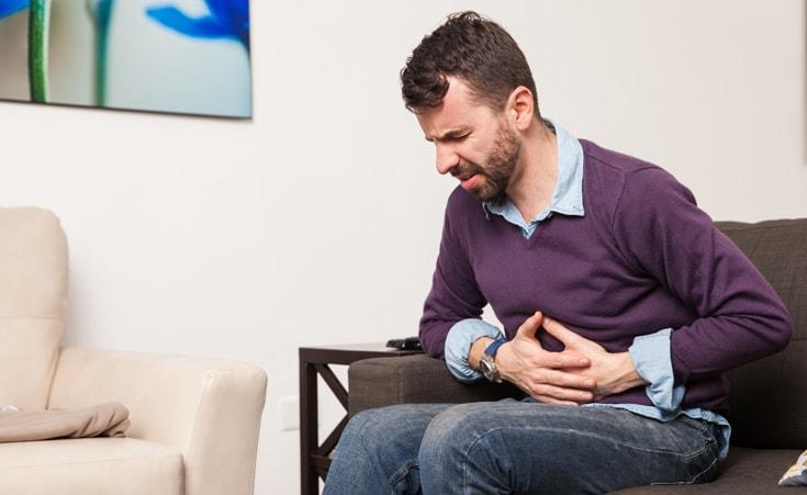 Quais são os sintomas da pancreatite?