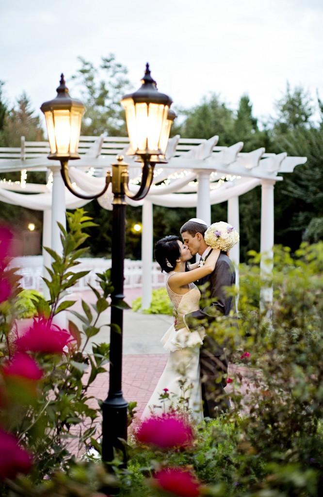 View More: http://jacquierives.pass.us/amberandjonathan