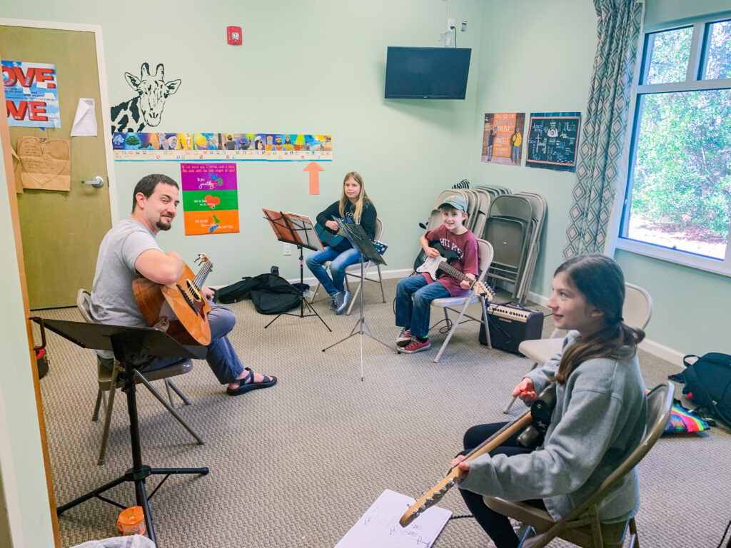 Learn Together Lowcountry offers guitar classes in Bluffton SC.
