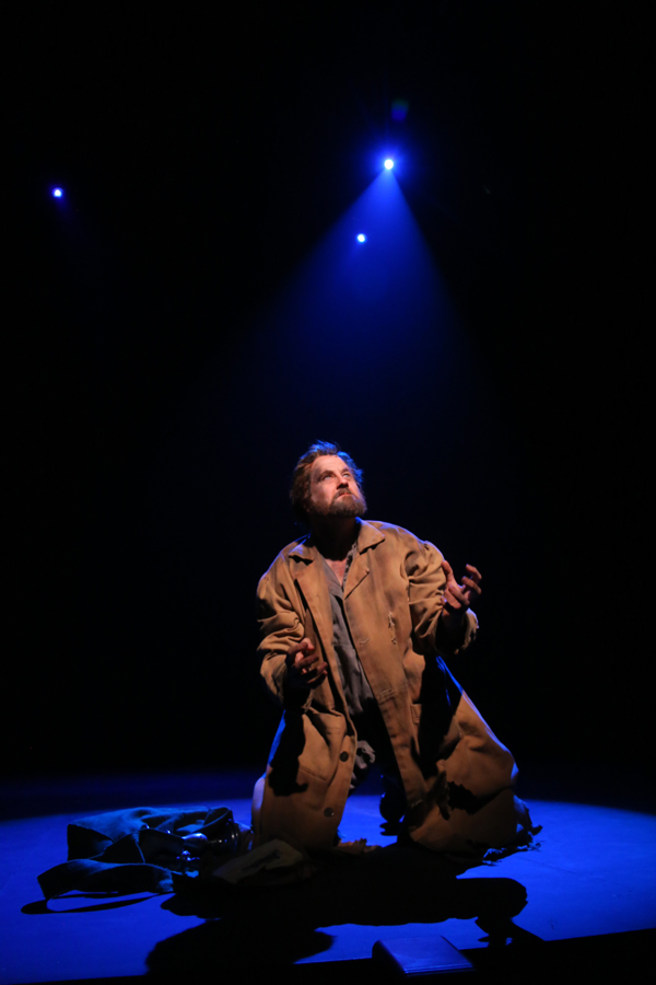 """Doug Webster, """"Les Miserables,"""" Phoenix Theatre, 2014 (Photo by Sara Chambers)"""