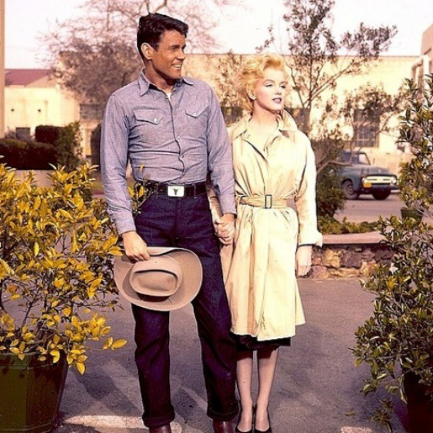 """William Inge's """"Bus Stop,"""" starring Don Murray and Marilyn Monroe, was filmed in Phoenix. The couple posted for photographs outside their downtown Phoenix hotel."""