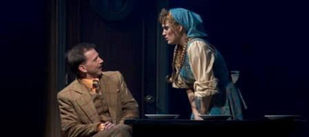 """Michael Kary and Angelica Howland in """"The 39 Steps."""" (Photo by Sara Chambers)"""
