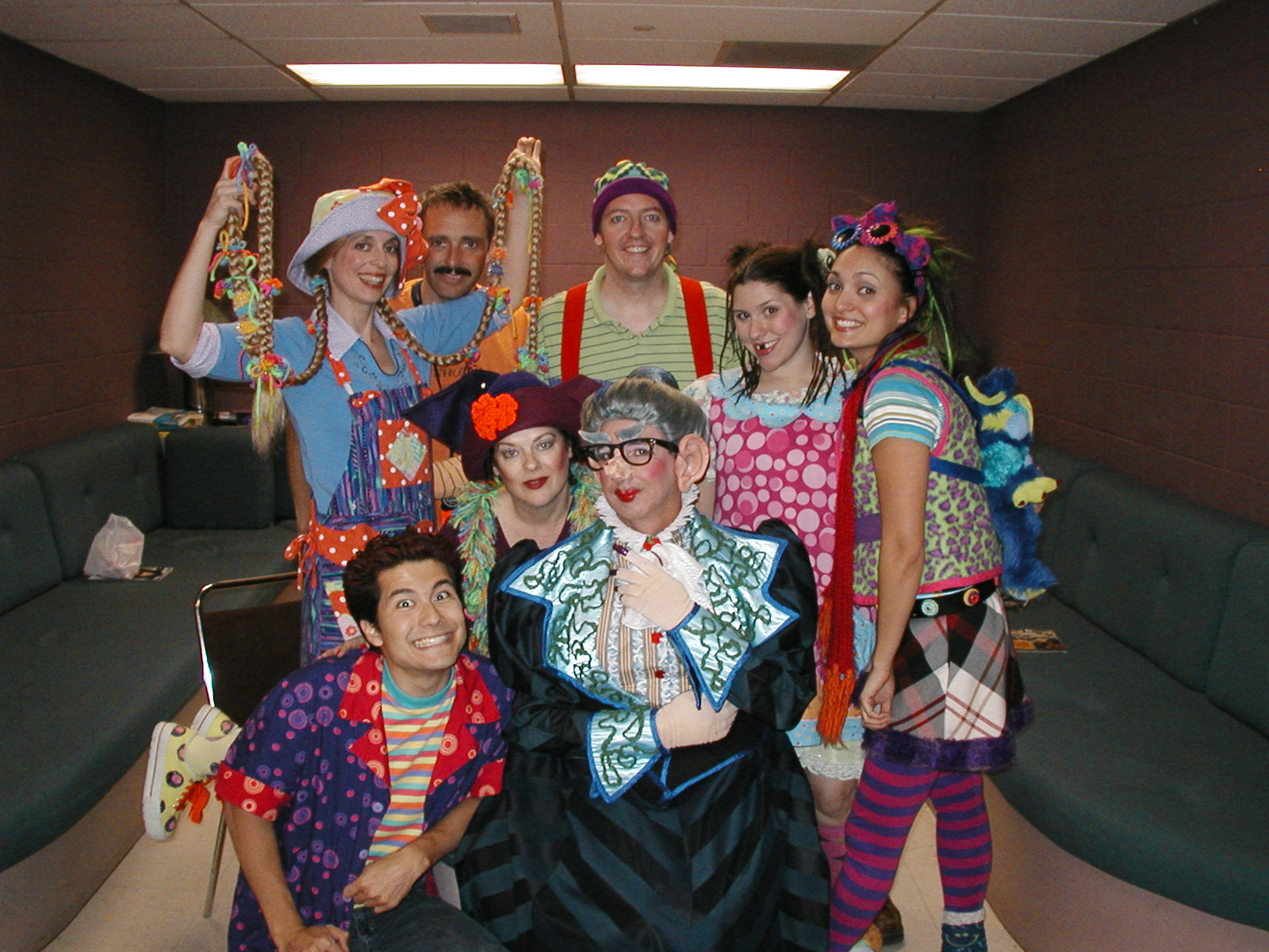 "Childsplay, ""Sideways Stories from Wayside School."" op: Katie McFadzen, Dwayne Hartford, D. Scott Withers, Andrea Morales, Angelica Howland. Bottom: Gordon Waggoner, Debra K. Stevens, Jon Gentry. (Photo from the collection of Angelica Howland)"