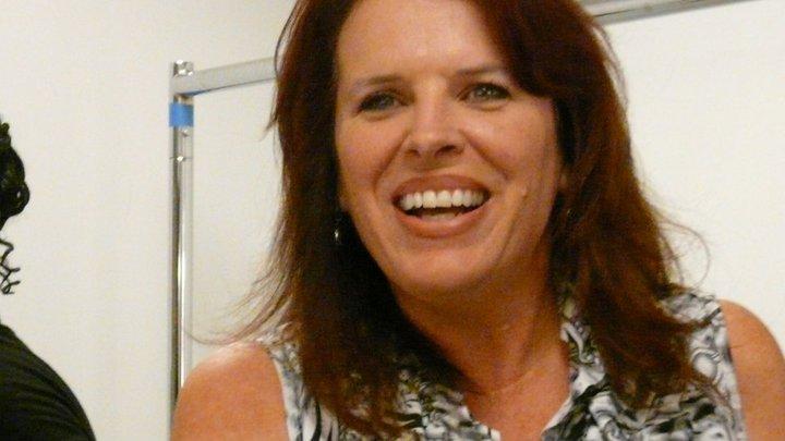 A happy Robyn