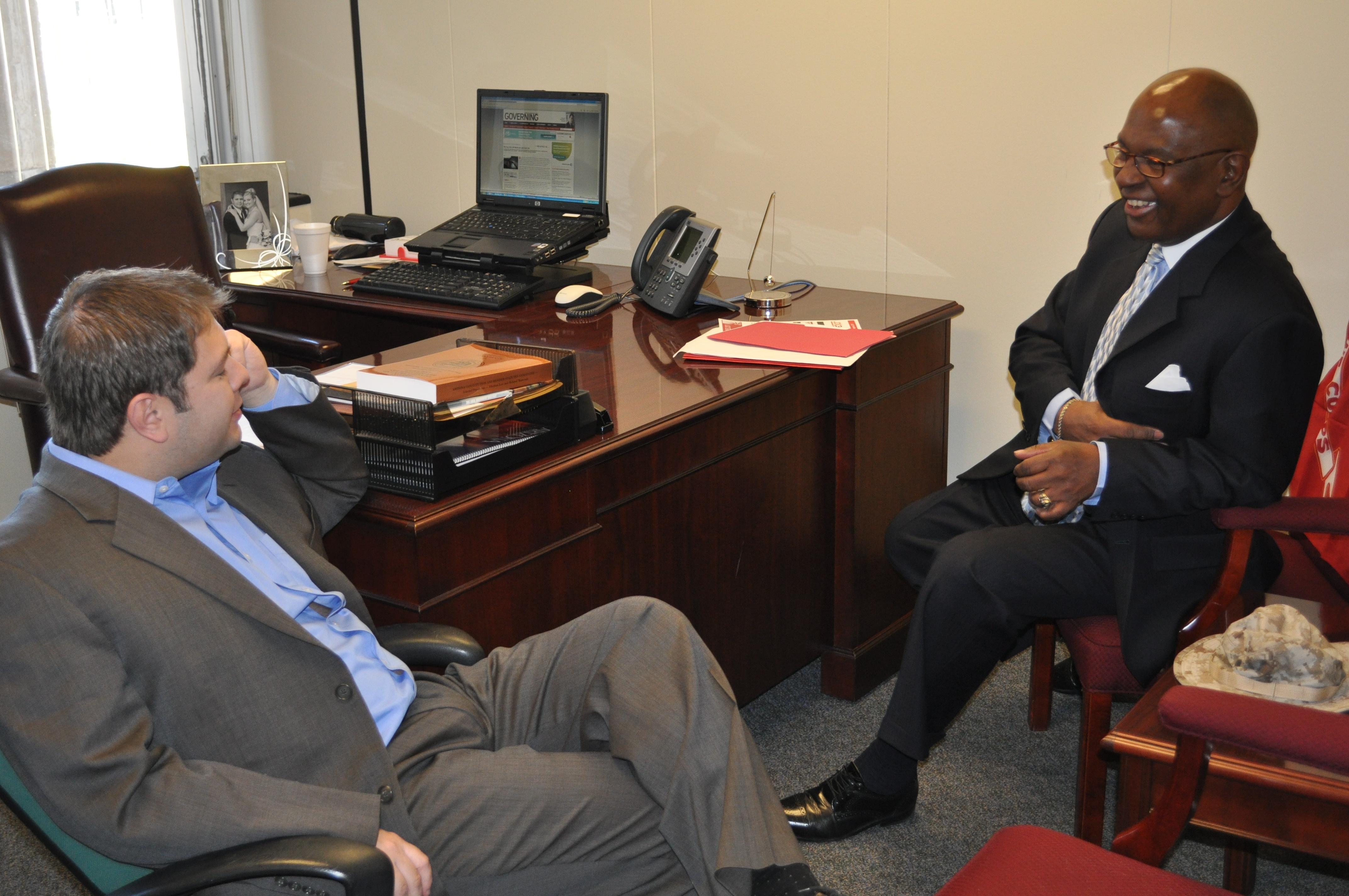 Arizona Representative Ruben Gallego meeting with David Hemphill, BTT managing, during the 2011 Arts Congress.