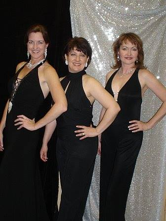 Desert Foothills Theatre. 2006. A Grand Night for Singing. Amy Powers, Lizz Reeves Fidler, Janine Smith. Photo credit unknown.