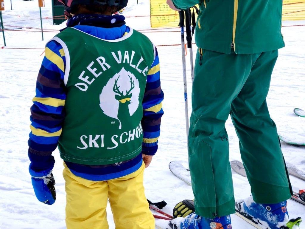 Deer Valley Resort - A Dream Come True For Family Ski | Skiing with kids at Deer Valley | Ski Utah | Family winter vacation to utah | Family ski trip to Utah | Deer Valley luxury family ski | Utah ski | US Travel with kids | #skiutah #deervalley #familytravelblog #luxuryfamilyski #luxuryfamilytravel #utahski #familytravelblog #travelblogger