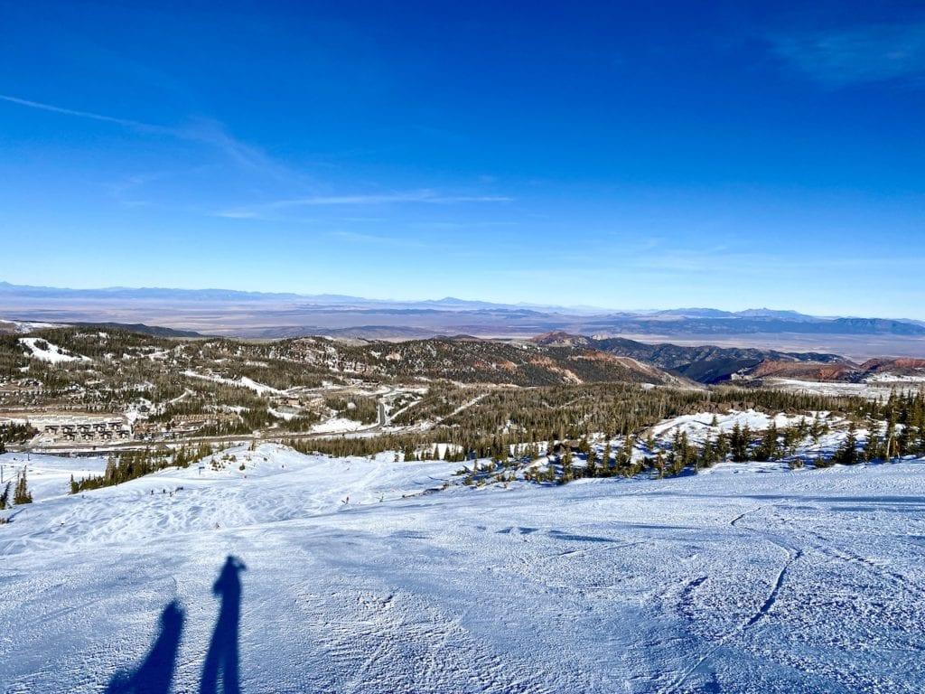 Family Ski At Brian Head Ski Resort | Skiing with kids at Brian Head Resort | Skiing with kids in Southern Utah | Can I ski in Southern Utah | Brian Head with kids | #brianhead #brianheadresort #brianheadskiresort #southernutahski #skiutah #familytravel #familyski
