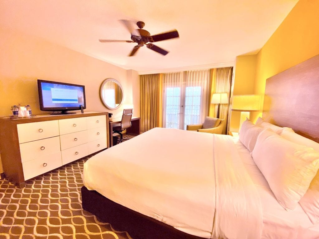 Gaylord Palms king size room in saint augustine