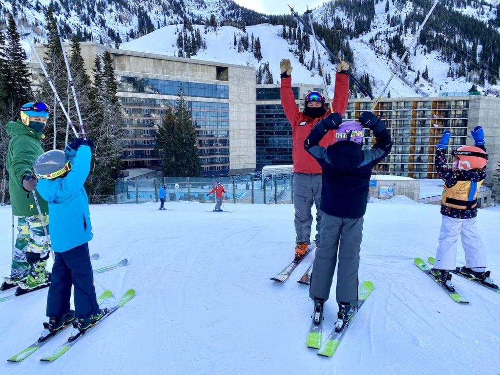 Snowbird Ski Resort - Ideal Family Ski Vacation   Snowbird Utah   Is Snowbird a good resort for families   Where can I ski with my kids in Utah   Family-friendly ski resort in Utah   #snowbird #snowbirdskiresort #snowbirdUT #familyfriendlyskiresort #skiingwithkids #kidswhoski