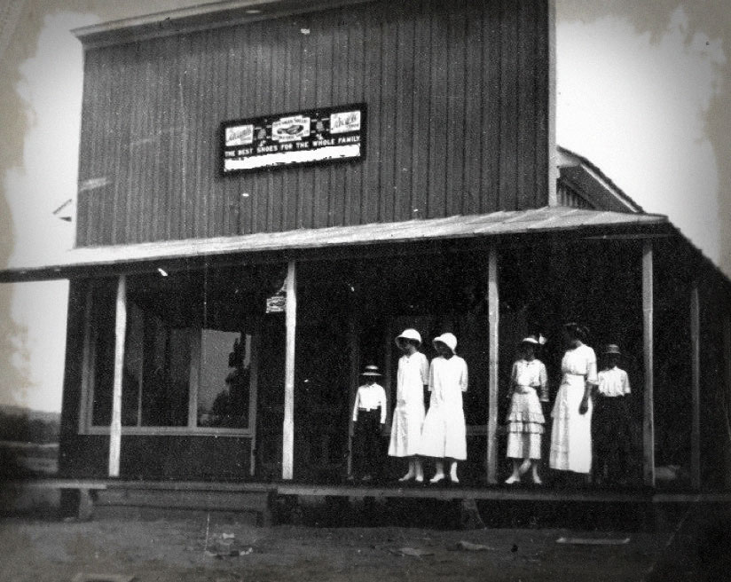 Historic Tennessee distillery photo of the Old Forge in Pigeon Forge, TN