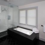 Oyster_Pond_25 m 2nd FL Master bath_72dpi