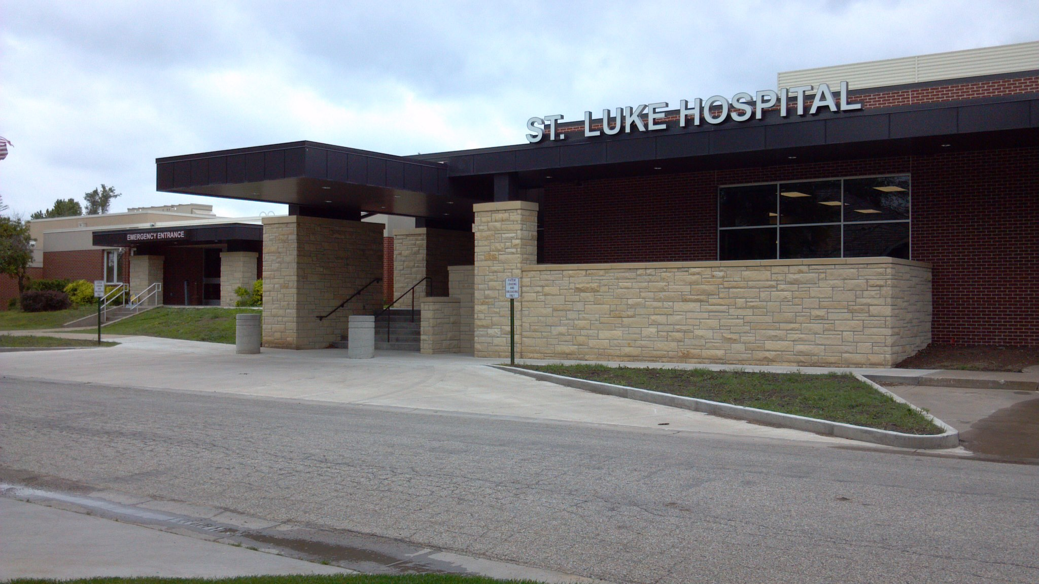 St. Luke Hospital and Living Center