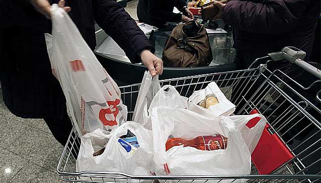 Berapa harga beg plastik sepatutnya dikenakan?