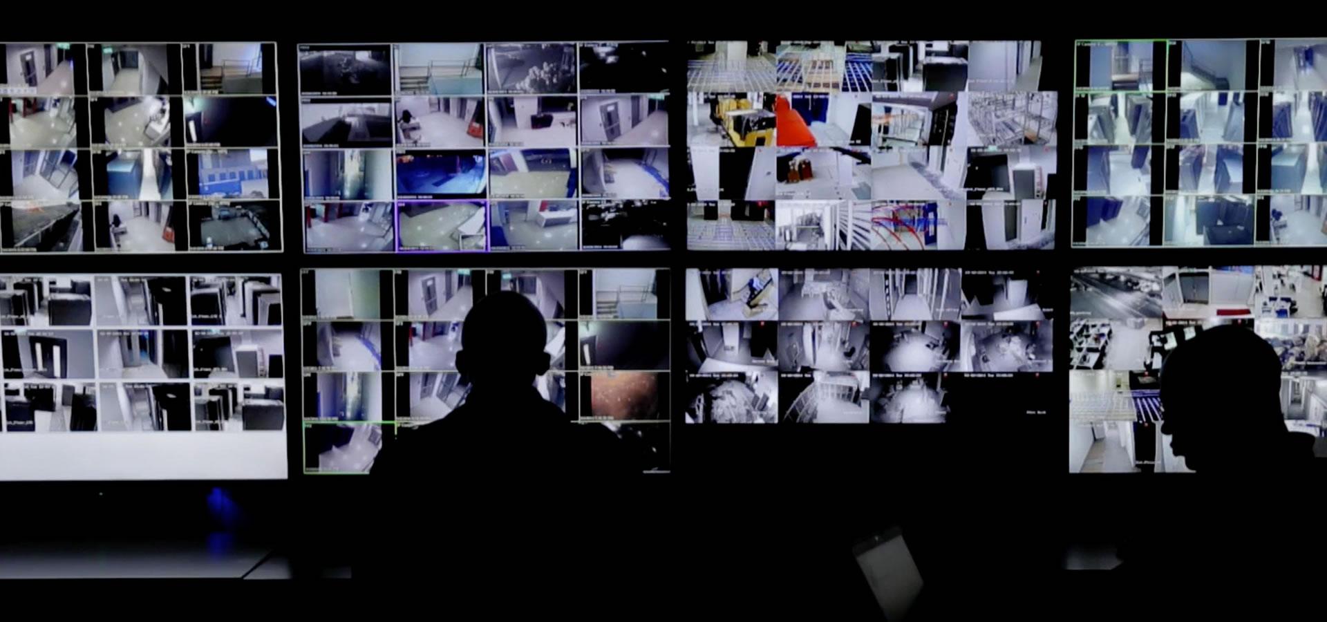 Hidden Camera: Merakam Aksi Terlarang.