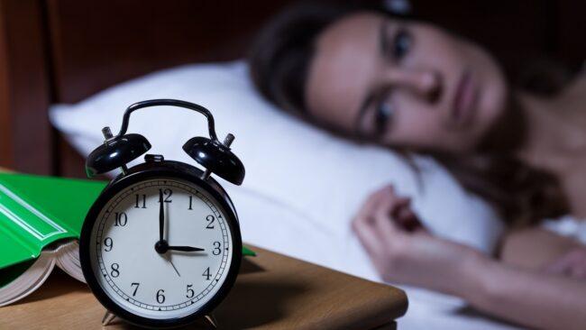 Susah Tidur Malam: Simptom, Punca dan Rawatan