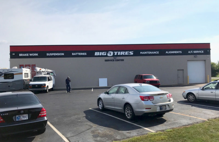 Big O Tire Exterior Sign