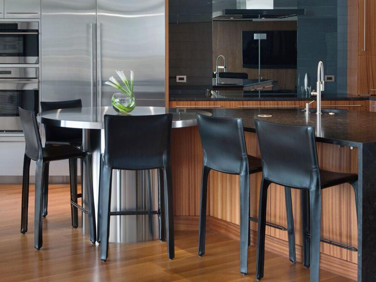 Kitchen Studio: KC - Modern Contemporary Kitchen