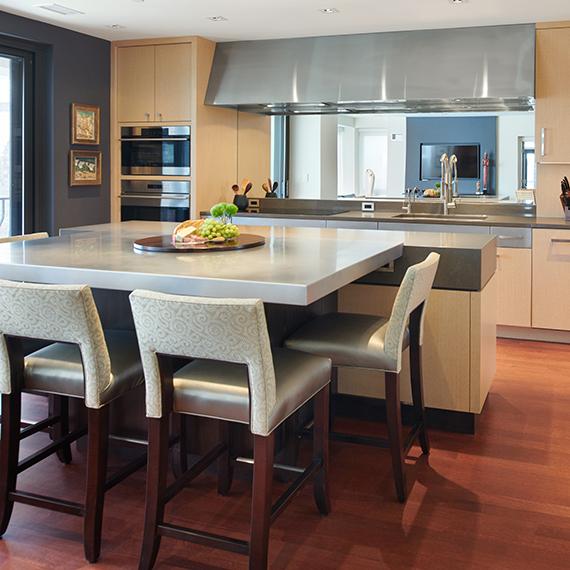 Kitchen Studio: KC - Plaza Artsy Contemporary Kitchen