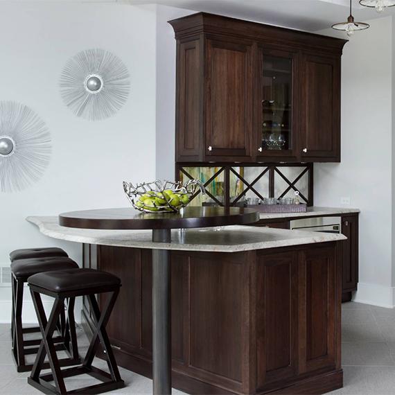 Kitchen Studio:KC - Transitional Home Bar