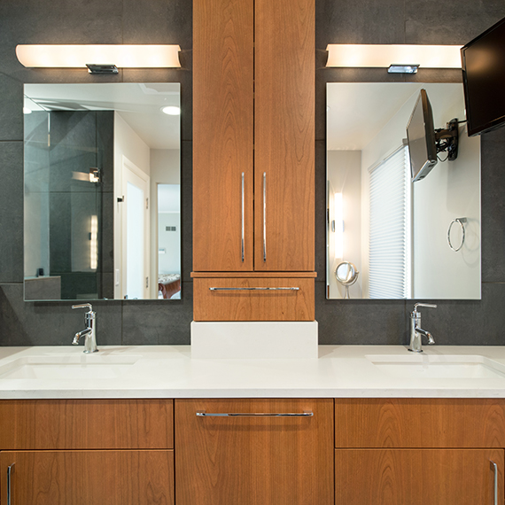 Kitchen Studio Kansas City - Modern Master Bathroom