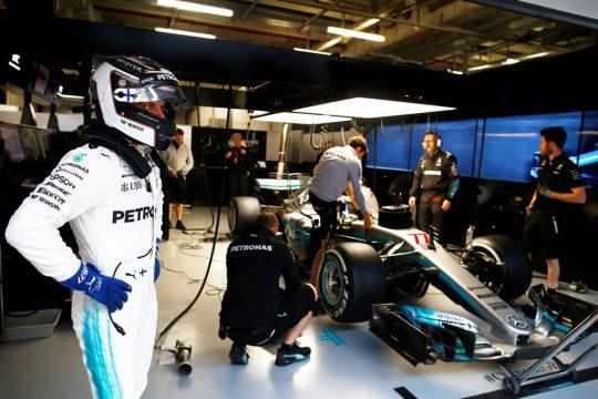 O finlandês Valteri Bottas da Mercedes ainda não conseguiu demonstrar todo o seu potencial dentro da equipe Mercedes. Bottas tem ficado atrás de Hamilton e da Ferrari de Vettel nos GPs da Austrália e China. Foto: Mercedes