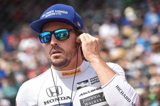 No jantar de gala ap?s as 500 Milhas, Alonso agradeceu Michael Andretti, a Honda e a McLaren pela oportunidade de participar da prova. Foto: Chris Cowens - Indycar