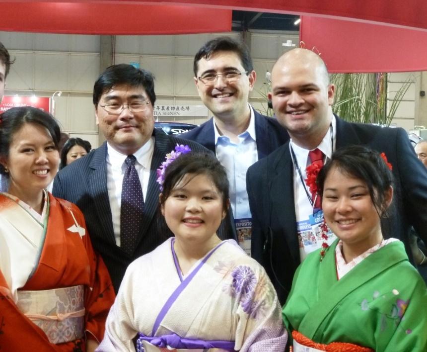 Equipe da Toyota durante o Festival do Japão. Foto: Amauri Yamazaki