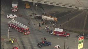 091515-ktrk-hisd-bus-crash-01-img