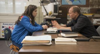 "Hailee Steinfeld Shines in the Unexpectedly Wonderful ""The Edge of Seventeen"""