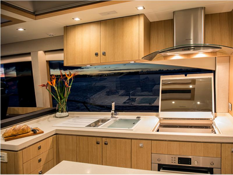 6000Coupe Galley