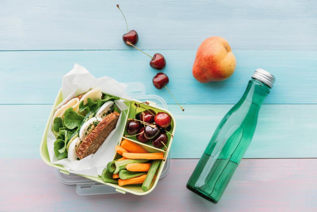 healthy-lunch-with-rich-folic-acid-vitamin