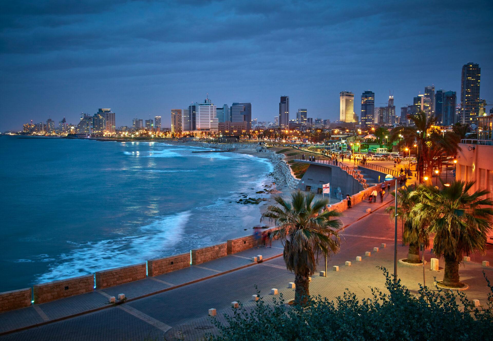 IL_Tel Aviv_Waterfront at night_RF_ss495424975
