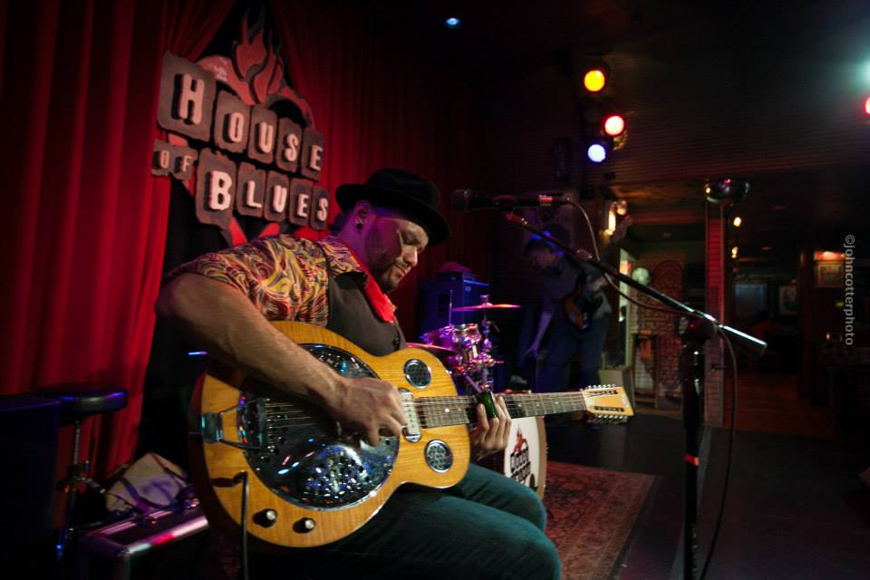Talking Blues with Hector Anchondo