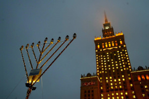 warsaw lights menorrah 2
