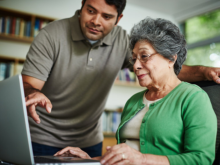 Empowering Tech Caregivers to Tackle Online Safety