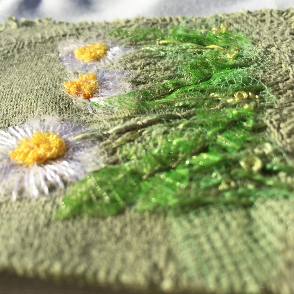Hand embroidered Daisies www.kateskloths.co.uk