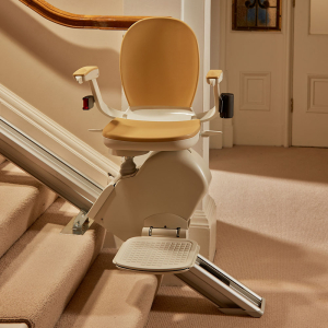 Acorn Stairlift Senior Reviews