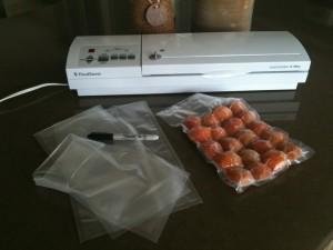 Seasonal Apricots, ready for freezer storage | urbnspice.com