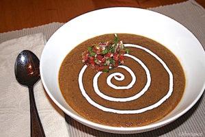 Hearty Black Bean Soup | urbnspice.com