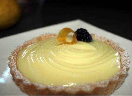 White Chocolate Lemon Curd Tart | urbnspice.com