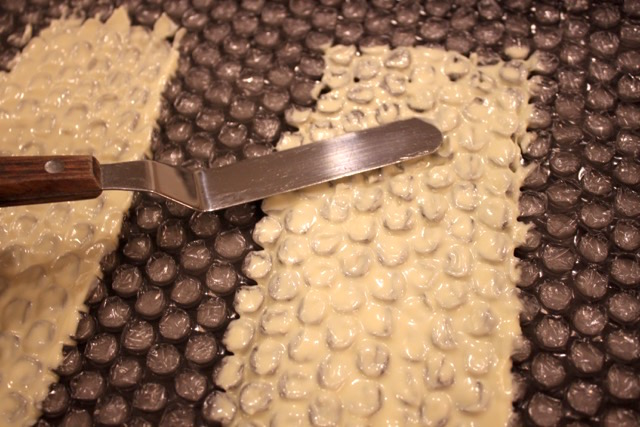 White Chocolate Bubble Wrap Garnish | urbnspice.com