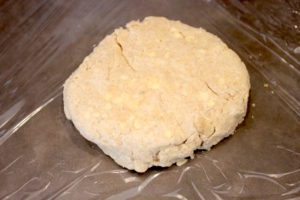 Forming the dough into a disk to make it easier to roll out   urbnspice.com