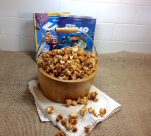 Maple Molasses Caramel Popcorn | urbnspice.com