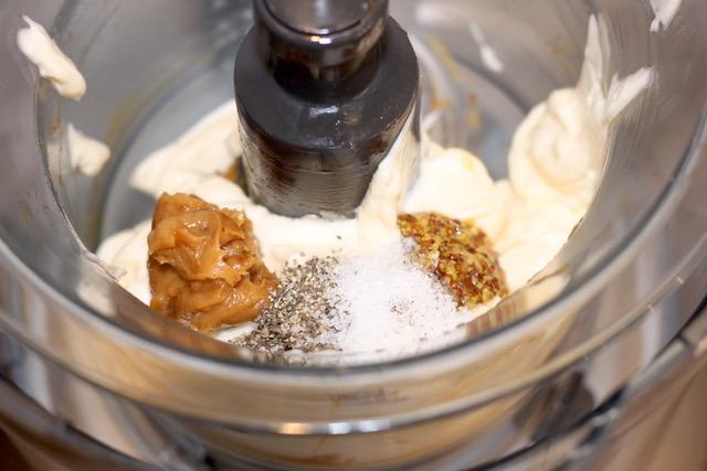 Creamy Roasted Garlic Dressing ingredients | urbnspice.com