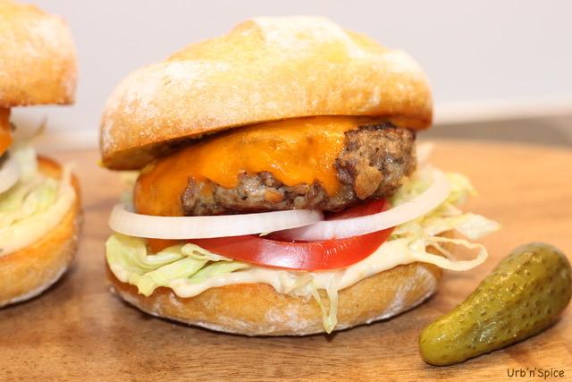 The Ultimate Blended Burger | urbnspice.com